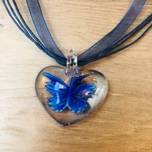 New Murano like glass blue heart necklace